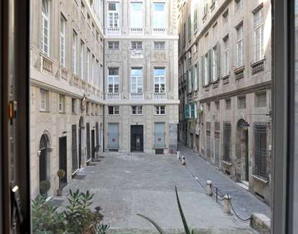 Appartamento Vendita Genova Via dei Giustiniani 11 Centro Storico