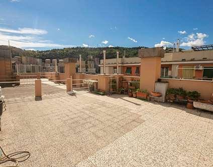 Appartamento Vendita Genova Via Piantelli Marassi