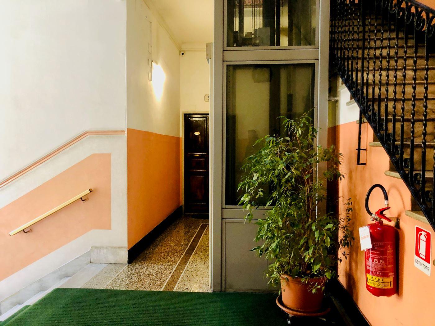 Vendita Porte A Genova appartamento in vendita genova staglieno lungo bisagno is
